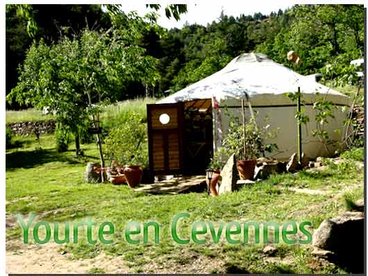 yourte-cevennes-gard-2-web.jpg